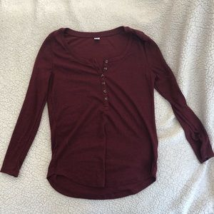 Old Navy | Burgundy Henley Top